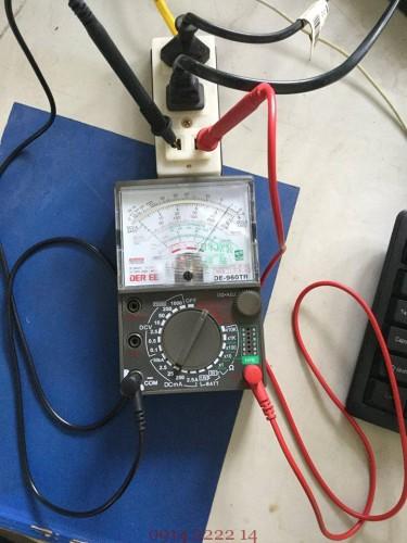 Sử dụng đồng hồ vạn năng để đo dòng điện AC